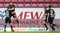 Bundesliga: derbowe starcie Borussi