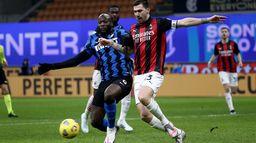 Derby Mediolanu znów na szczycie Serie A