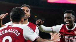 Zaległe mecze Premier League: derby Londynu bez faworyta?