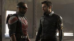 Falcon et le Soldat de l'Hiver : Captain America attend son successeur