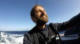 Comme un seul homme, un doc en immersion avec le navigateur Éric Bellion