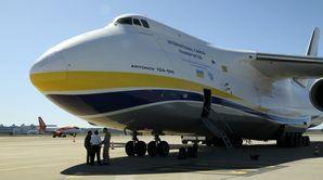 Mega avion-cargo