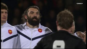 Le Haka des All Blacks face aux Bleus en 2009 : Canal Rugby Club