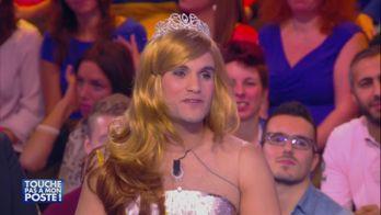 Malik Bentalha débarque déguisé en Miss France sur le plateau de TPMP