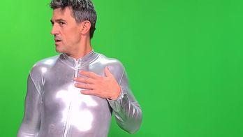 OFF TPMP : Les chroniqueurs s'incrustent dans le clip de Téo Lavabo en combinaison moulante