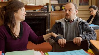 Les Bonnes Intentions, un film social avec une bonne dose de dérision