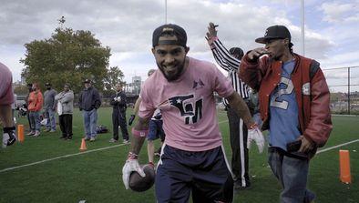 High-Stakes Street Football : New York