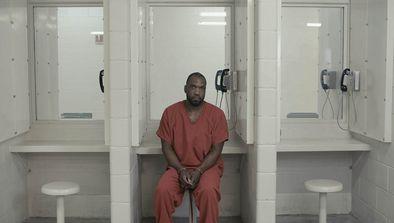 Vie après la prison, financement de campagne en bus et réalité virtuelle