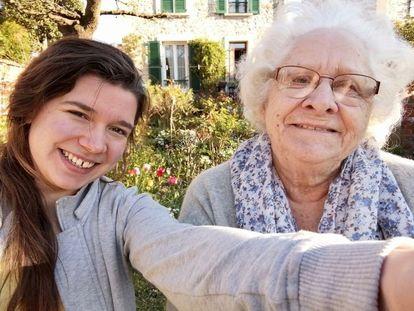 Johanna, 22 ans, et Marie-Claude 84 ans, en coloc.