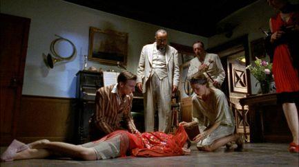 Les petits meurtres d'Agatha Christie - Saison 1