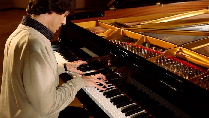 Debussy - 2. Sarabande (Pour le Piano)