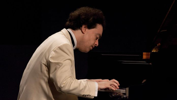 Evgeny Kissin joue Liszt, sonate pour piano en si mineur