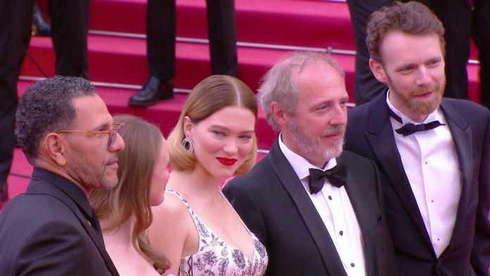 """L'équipe de """"Roubaix une lumière"""" sur le tapis rouge - Cannes 2019"""
