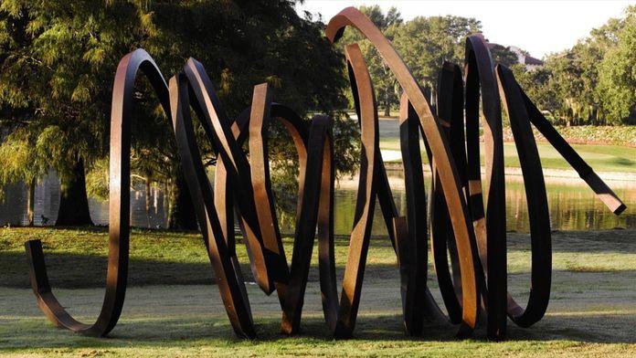 Venet, sculpture