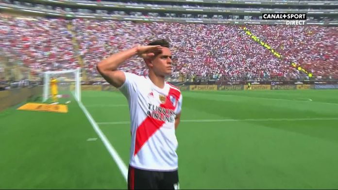 15' - But de Rafael Santos Borré pour River Plate