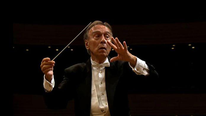 Claudio Abbado dirige la Symphonie n°6, « Tragique »