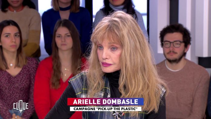 Arielle Dombasle : Pick-up the plastic