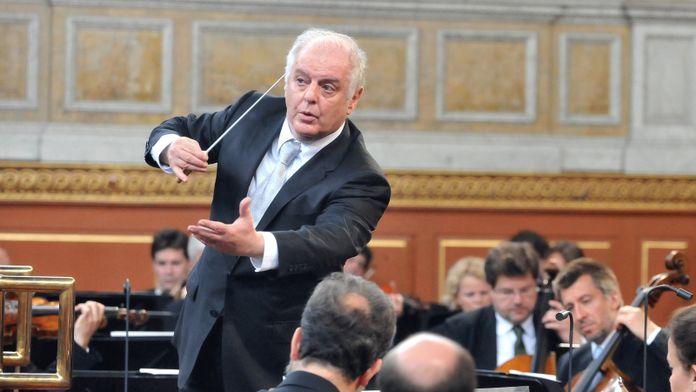 Brahms et Elgar dirigés par Daniel Barenboim