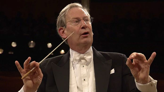 Dvořák et Mozart dirigé par Sir John Eliot Gardiner