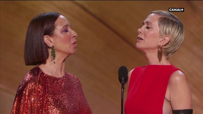 Maya Rudolph et Kristen Wiig présentent les costumes en chanson  - Oscars 2020