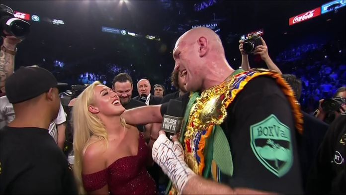 Tyson Fury chante 'American Pie' sur le ring après sa victoire ! : Wilder VS Fury II