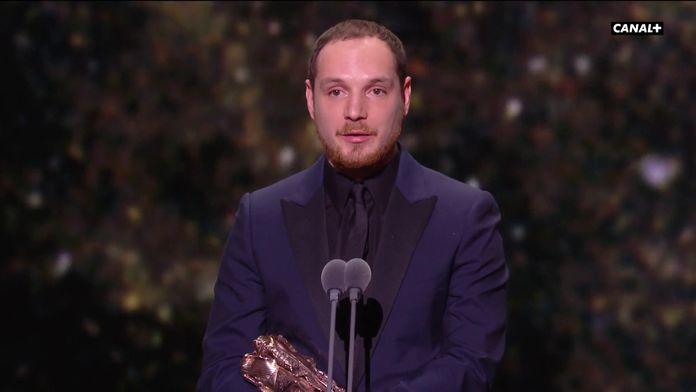 Alexis Manenti reçoit le César du Meilleur espoir masculin pour Les Misérables - César 2020