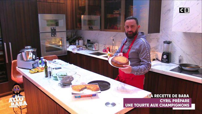Cyril Hanouna s'essaie à la cuisine avec la fameuse tourte aux champignons !