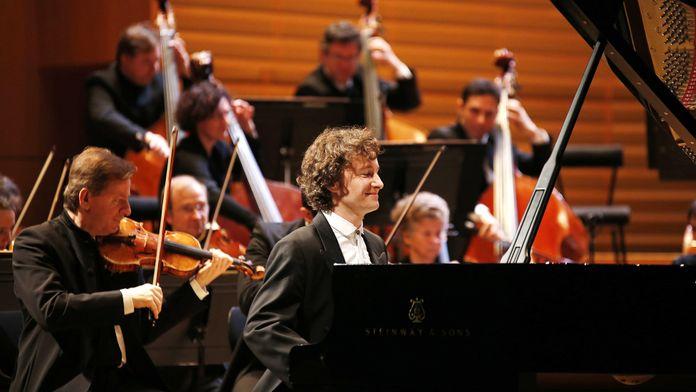 Herbert Blomstedt dirige Beethoven