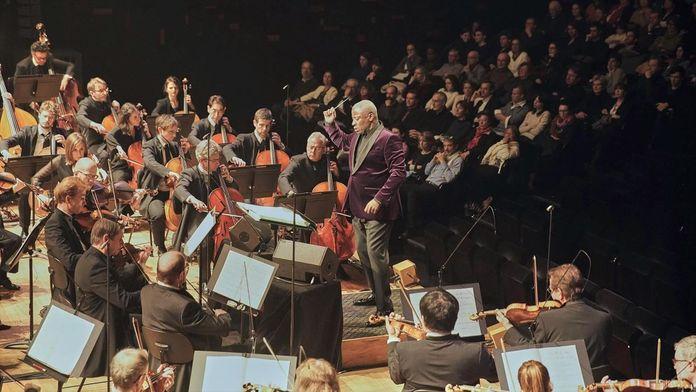 Leonard Bernstein : «Mass», oratorio scénique