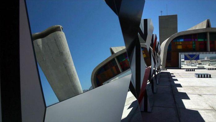 Daniel Buren, «Défini, fini, infini», travaux in situ : Mamo, Cité Radieuse, Marseille