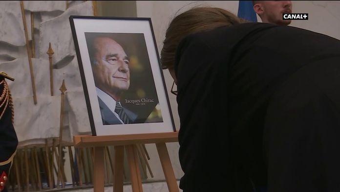 L'hommage des Français à Jacques Chirac