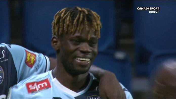 Jamal Thiaré marque le but du 3-0 !