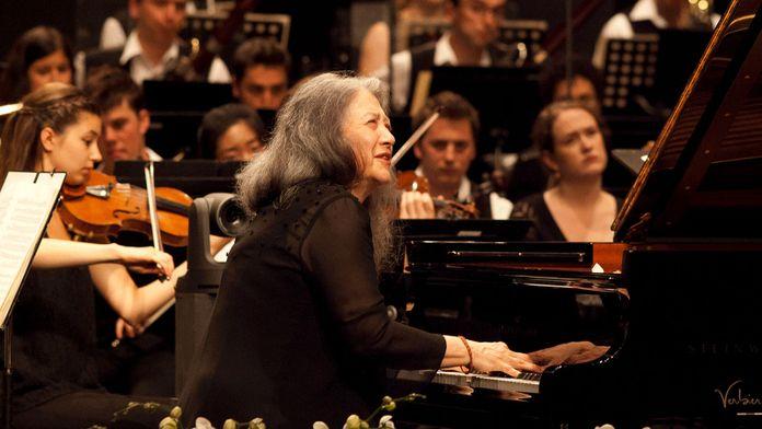 Brahms et Tchaïkovski dirigés par Charles Dutoit, avec Martha Argerich