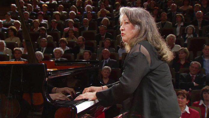 Schumann - Concerto pour piano, joué par Martha Argerich