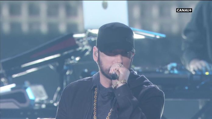 Eminem déclenche une standing ovation avec Lose Yourself - Oscars 2020
