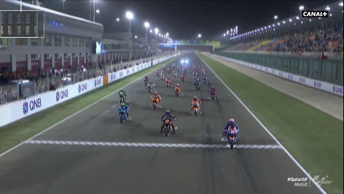 Le départ de la Moto2 : Grand Prix du Qatar