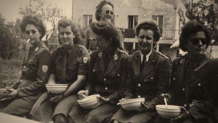 Les filles de l'Escadron bleu