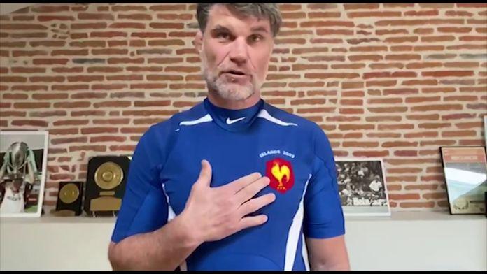 Fabien Pelous partage avec nous les secrets du maillot de sa 100ème sélection chez les Bleus : Un maillot, un souvenir
