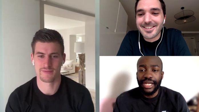 Clément Gacheny discute avec S.Bahoken et B.Santamaria : Canal Football Club