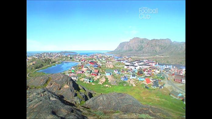 """Reportage d'archive : """"Groenland, le championnat sauvé des glaces"""" : Canal Football Club"""