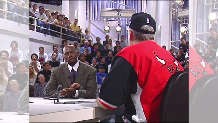 """Michael Jordan à """"Nulle Part Ailleurs"""" sur CANAL+ - Séquence intégrale : Retro - Basket"""