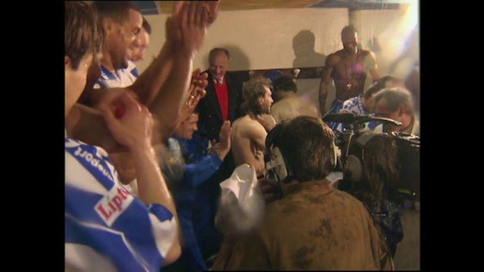 Les images du sacre de champion de France de l'A.J.Auxerre le 11 mai 1996 : Retro - Foot
