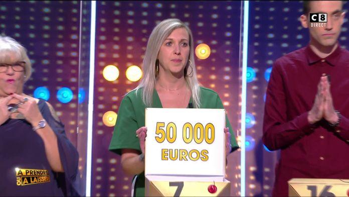Première déception pour la candidate Sandrine avec l'élimination des 50 000 euros