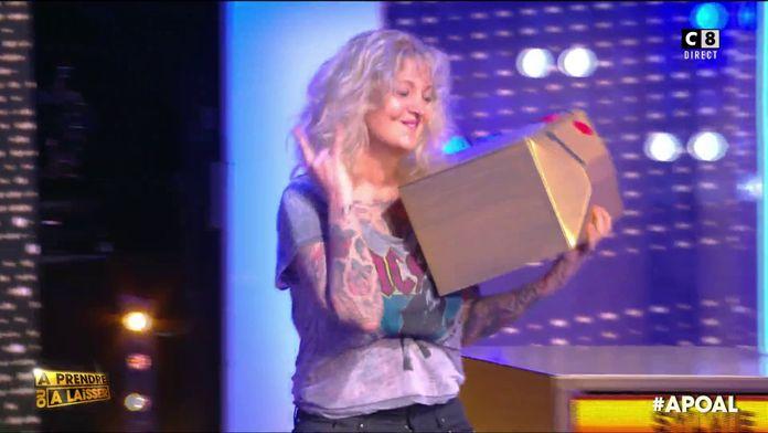 """Sylvie la rockeuse se lance dans l'arène pour jouer à """"À prendre ou à laisser"""""""