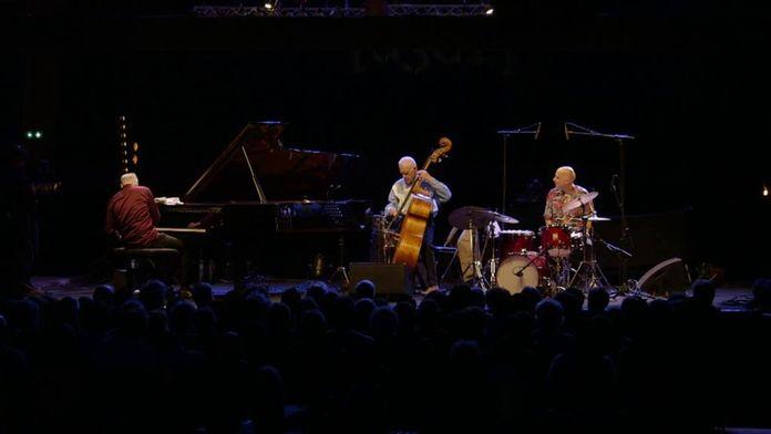 Gary Peacock Trio ft. Marc Co...