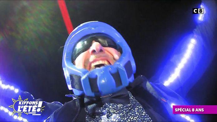 Spécial 9 ans : Gilles Verdez se fait envoyer dans les airs
