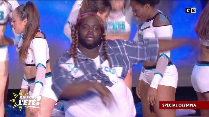 Spécial Olympia : Issa Doumbia devient pom-pom girl