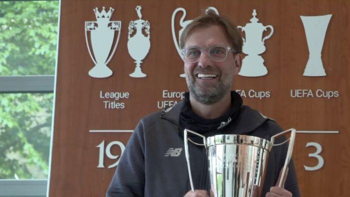 Klopp, le trophée...Et le coup de fil : Premier League