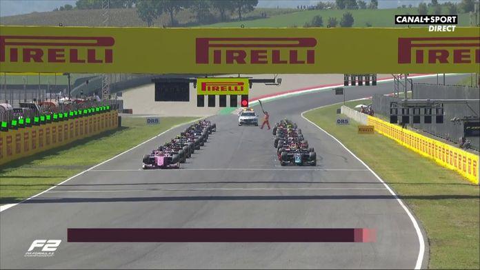 Le départ de la course : Grand Prix de Toscane
