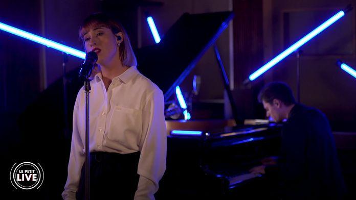 Suzane – Mourir sur scène (Dalida cover) | Le Petit Live